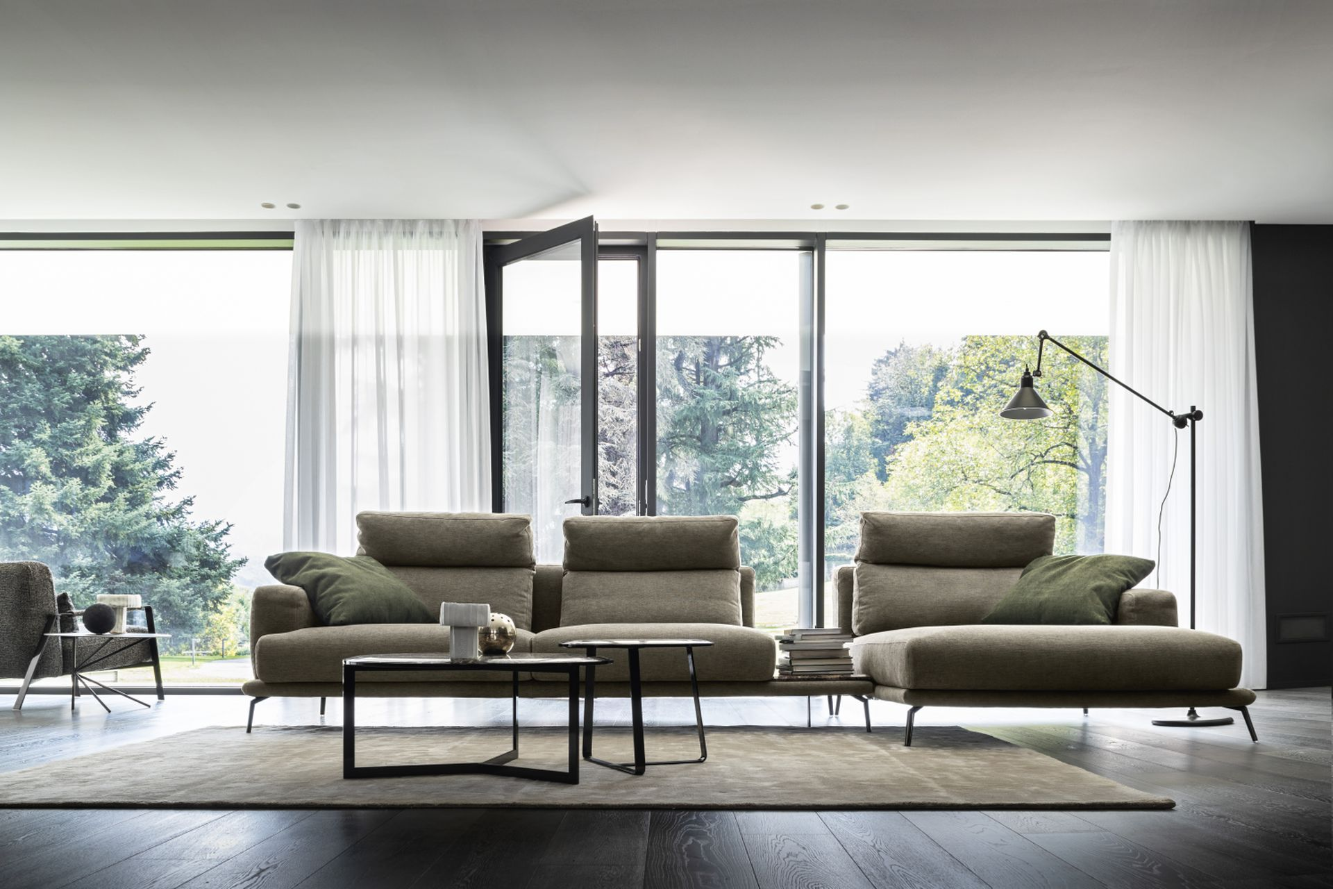 Зустрічайте новинку!!! Ексклюзивні дивани від Nicoline тільки у нашому салоні MB Design